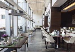 Hotels / Restaurants